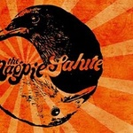 The Magpie Salute with The Trews at St Andrews